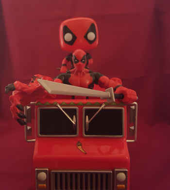 Deadpool_chimichanga_funko_truck_22