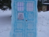 dr-who-tardis-snow-sculpture